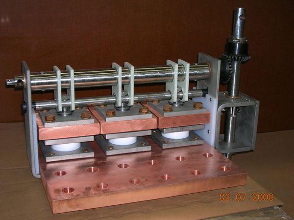 isolating_004-163-600-450-80
